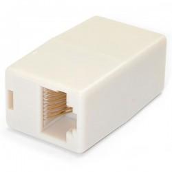 StarTechcom - Caja de Empalme Acoplador para Cable Cat5 Ethernet UTP - 2x Hembra RJ45 - Beige
